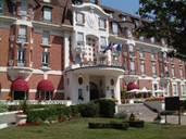 Escapade romance à l'hôtel Barrière Le Westminster****