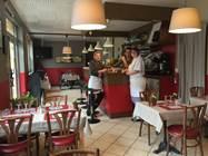 """Restaurant """"A Midi Dix"""""""