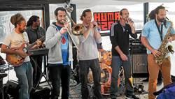 Un Automne Autrement - Concerts : itinéraire musical avec « Silence Radio » « The Humanizers » - « Bardetorte » - « Coët Bihan Kamorh »