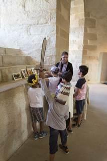 Visite en famille - Remue Ménage au Château