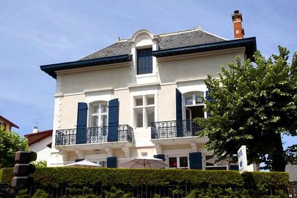 Hôtel Edouard VII 64200