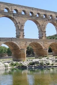 Exposition sur le Pont du Gard