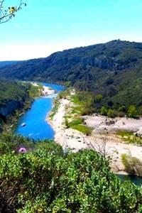 Balade insolite - A la découverte des falaises du Castellas