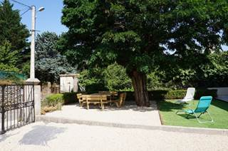 GITE INDEPENDANT A L'OREE DES CEVENNES- Jardin et terrasse