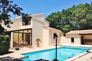 Villa provençale de charme 200 m2 avec piscine