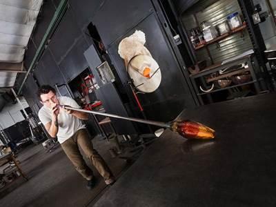 Raymond Converset Sculpteur sur métaux
