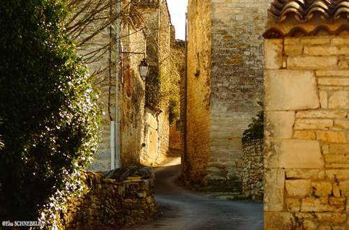 Hameau de Cabiac - Saint Privat de Champclos © @Elsa Schnebelen