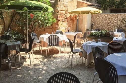 Restaurant midi à l'ombre terasse jardin © Restaurant midi à l'ombre