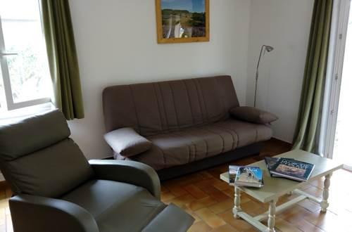 meuble-Saint-Privat-de-Champclos1 ©