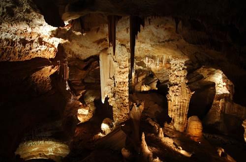 Aven d'Orgnac, Grand Site de France, Grotte *** et Musée de Préhistoire © P.Crochet