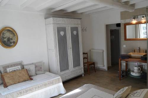 l'Auberge des Marronniers Lussan - chambre © l'Auberge des Marronniers