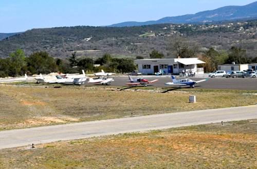 Aéroclub d'Alès et des Cévennes 1 - Deaux ©
