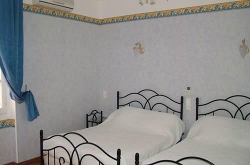Le LYS D'OR 4 Chambre ©