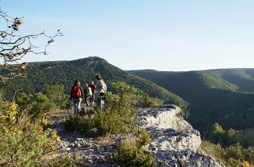 Point de vue sur les gorges de la Cèze ©