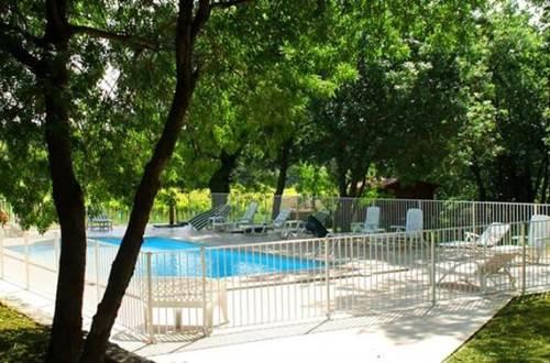 bastide de peyremale piscine ©