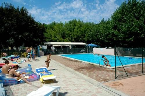 piscine du camping du VAL DE L'ARRE ©