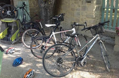 Location vélos Uzès ©