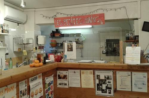 Café associatif Les Petites Mains d'Uzès espace famillial © Les petites mains café associatif ©Les Petites Mains d'Uzès