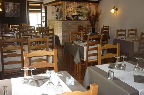 Restaurant La Bergerie salle de restaurant ©