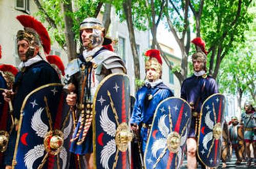Les grands jeux romains à Nîmes ©
