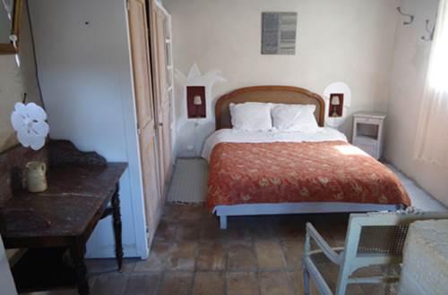 collias;gard;chambre;maison d hote © chassouant