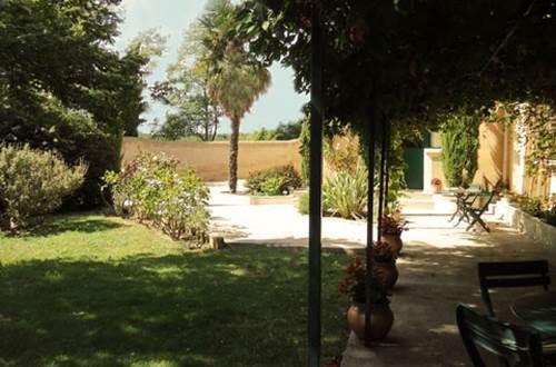 MAISON PONS terrasse et jardin © PONS Mathieu