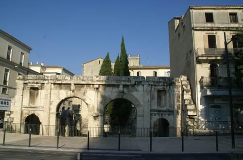Porte Auguste © Gard Tourisme