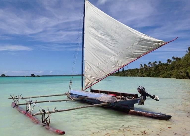 Pirogue traditionnelle île des Pins