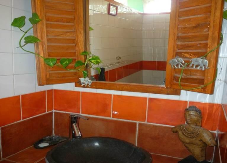 salle de bain cascades du chalet Orient