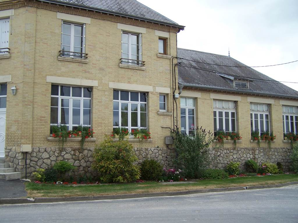 St Loup Champagne
